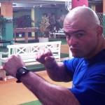 Thai-Kick-Boxen im Aktiv-Powertours-Camp - Cheftrainer Wasilios Wamwakithis